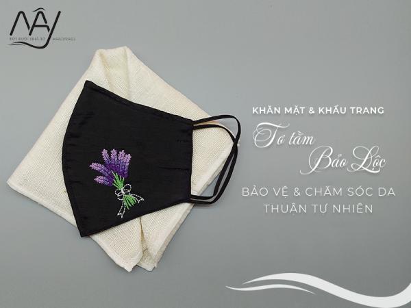 khăn mặt tơ tằm và khẩu trang thêu tay hoa lavender