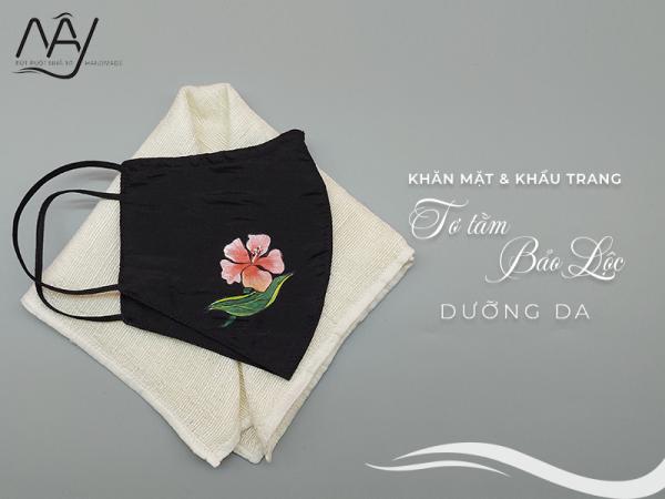 khăn mặt tơ tằm và khẩu trang vẽ tay hoa nhiệt đới