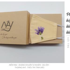 Khẩu trang thêu tay lavender Mây Handmade màu be 3
