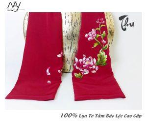 khăn lụa cao cấp thêu tay hoa cúc màu đỏ 2