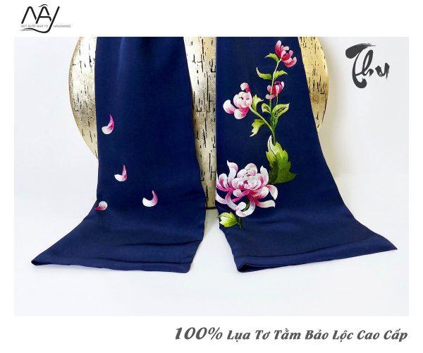khăn lụa cao cấp thêu tay hoa cúc màu navy 3