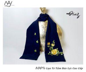 khăn lụa cao cấp thêu tay hoa mẫu đơn màu navy 3