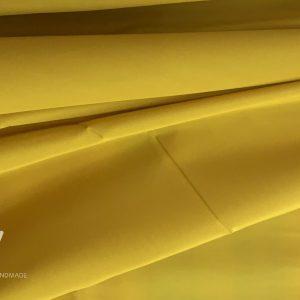 vải lụa tơ tằm bảo lộc màu vàng