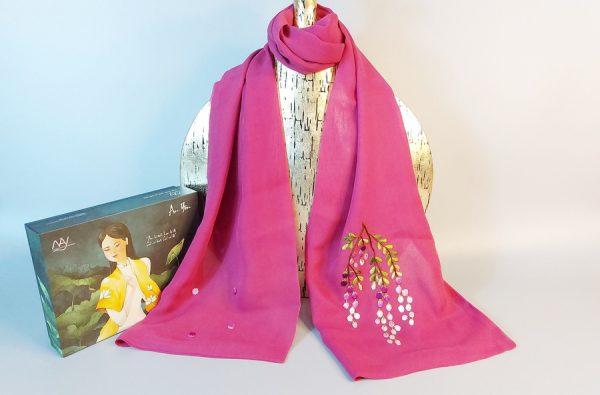 khăn lụa thêu tay hoa mimosa tím 1