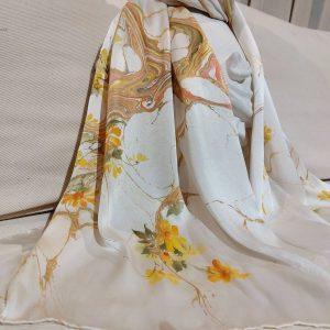 khăn lụa tơ tằm vẽ tay hoa hoàng yến 1