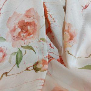 khăn lụa tơ tằm vẽ tay hoa hồng 1