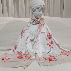 khăn lụa tơ tằm vẽ tay hoa mộc lan 2