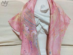 khăn lụa tơ tằm vẽ tay thủy ấn vân mây hồng 3